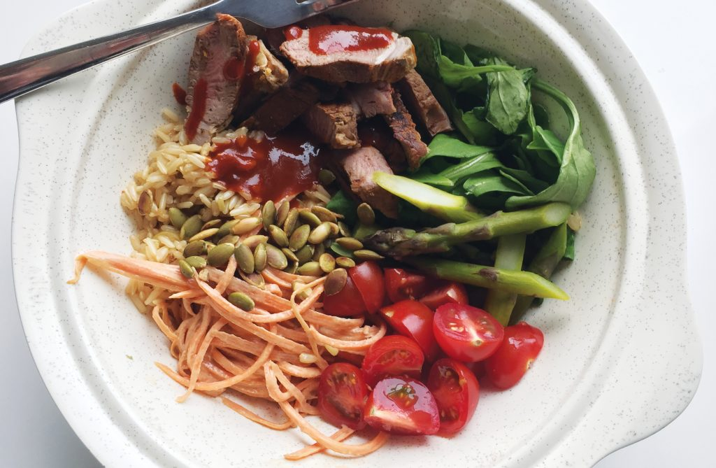 Spicy lamb lunch bowl