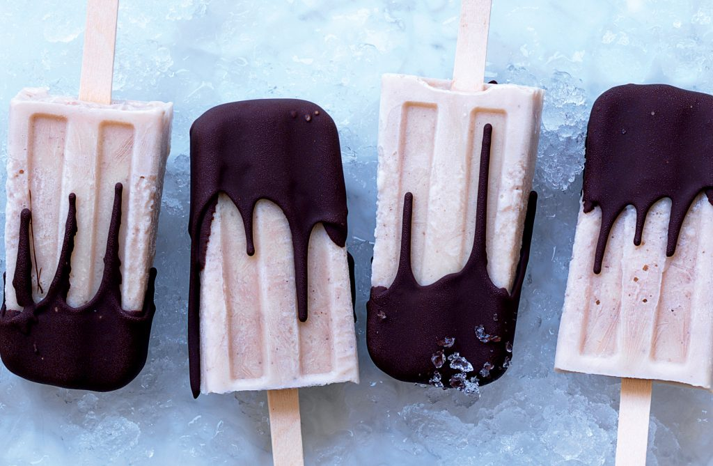 Choc-banana pops