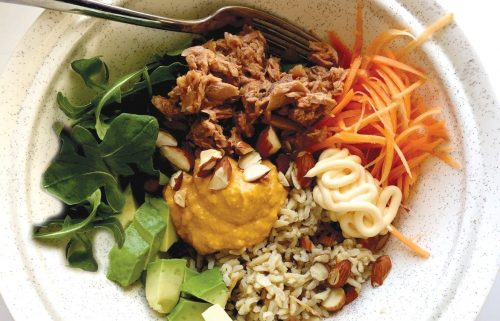 Tuna hummus wellness bowl