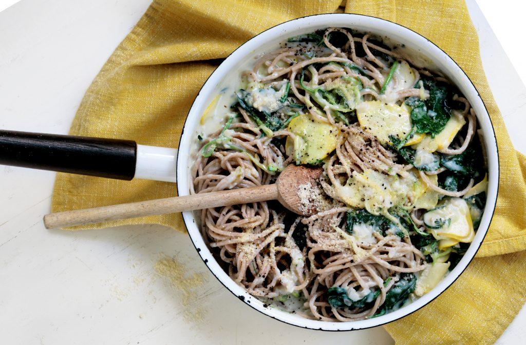 Healthy pasta alfredo