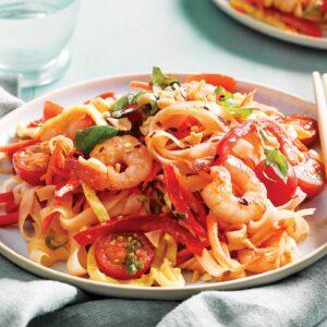 Rainbow Thai noodles with pad Thai sauce