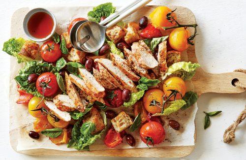 Sun-dried tomato chicken panzanella salad