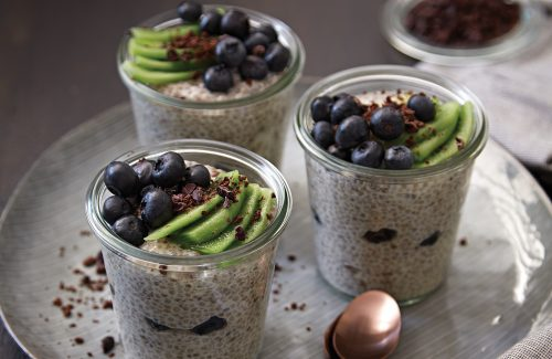 Chocolate vanilla chia pudding