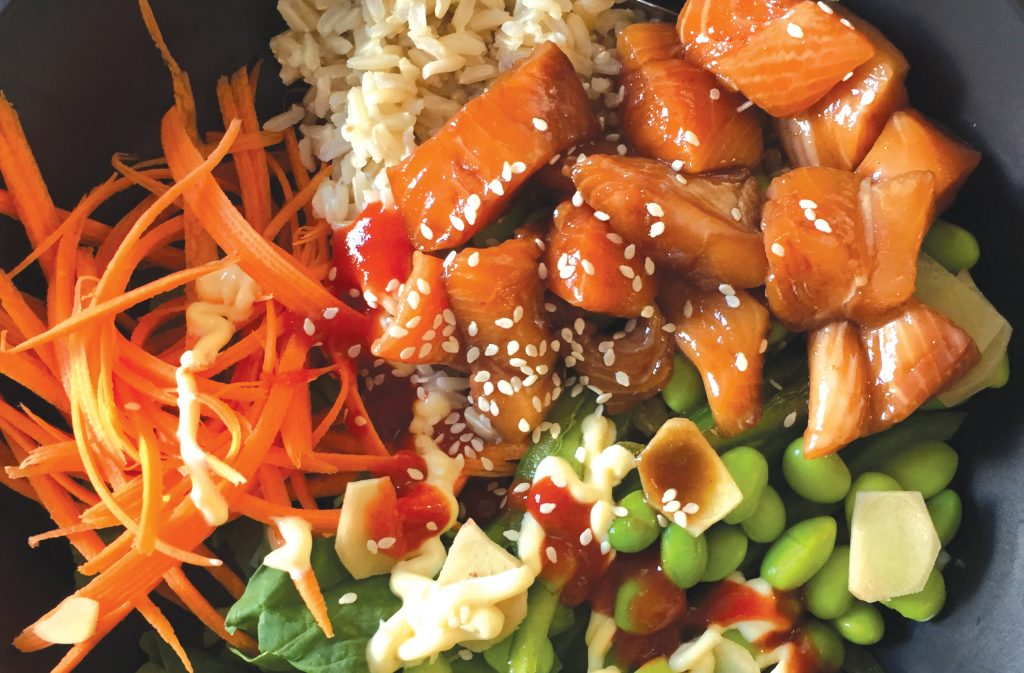 Spicy poke bowl