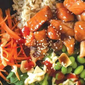 Spicy poke bowl