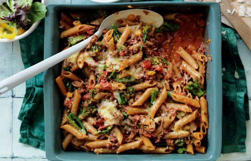Beef and broccoli pasta bake