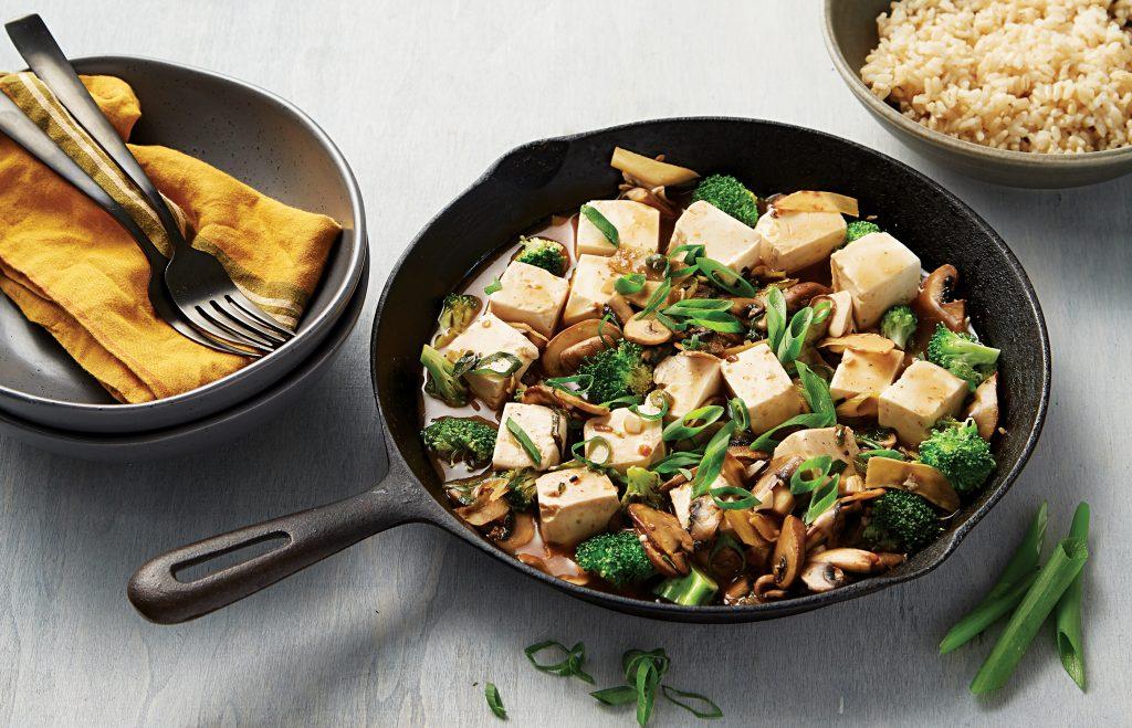 Braised spicy mushrooms and tofu