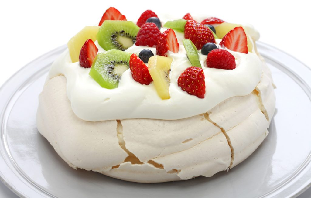 Healthier traditional pavlova