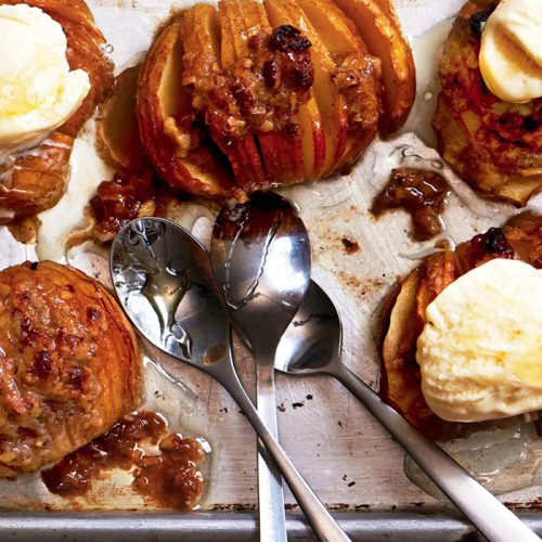 Hasselback apple crumble
