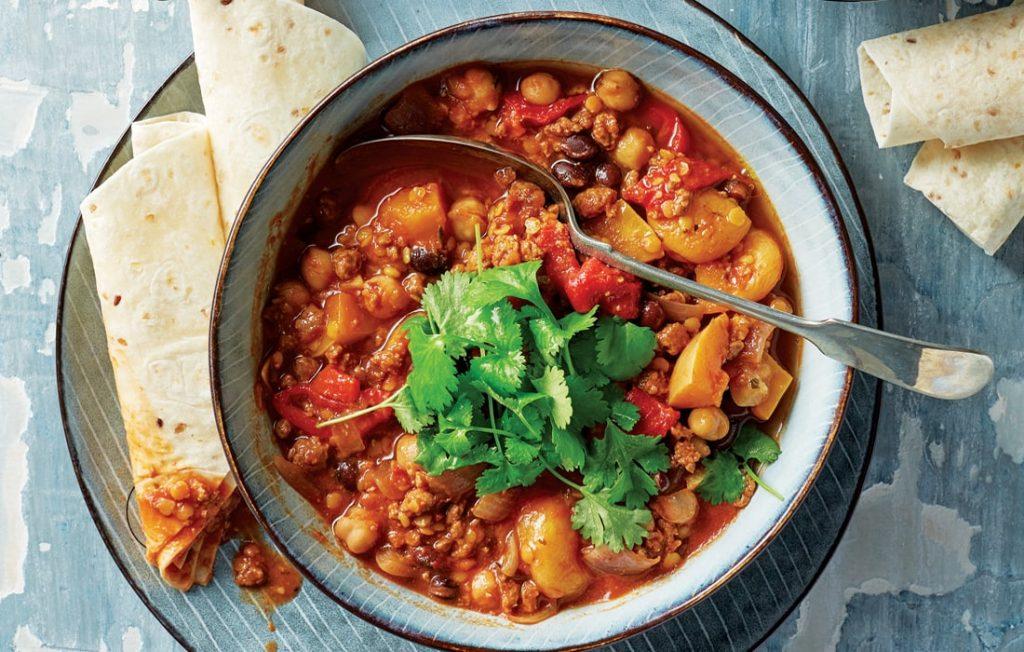Quorn and bean chilli