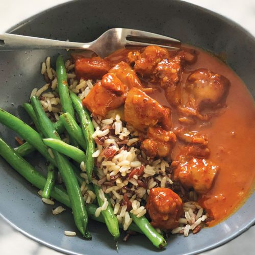 Spicy chicken and carrots with rice