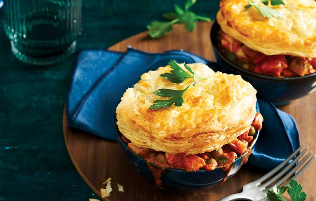 Butter chicken pot pies