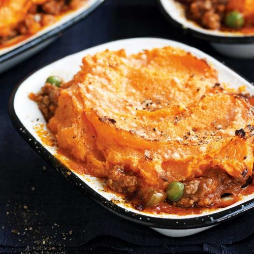 Shepherd's pie with swede and carrot mash