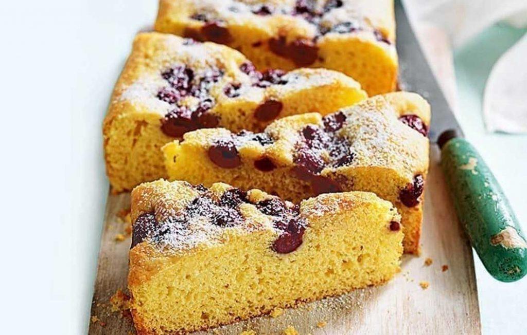 Vanilla and cherry tray cake