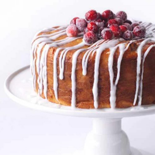 Spiced cranberry and mandarin drizzle cake