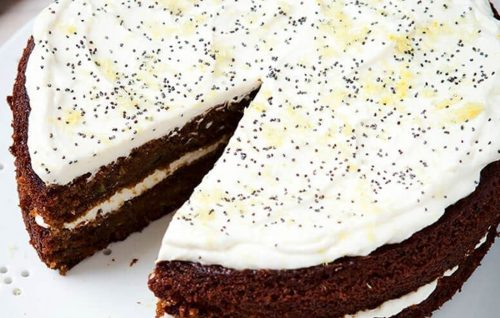 Courgette, lemon and poppy seed cake