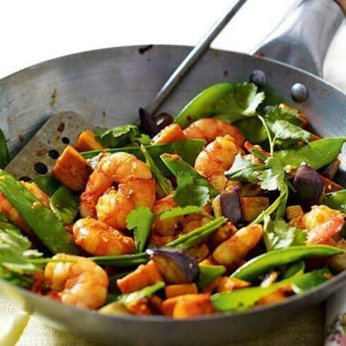 Spicy prawn stir-fry