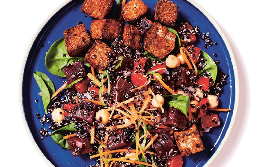 Poke with spicy tempeh, beetroot and quinoa salad