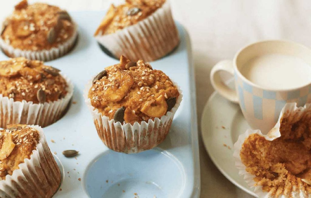 Gluten-free banana bran muffins with streusel topping