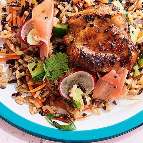 Black pepper chicken with mixed rice and radish salad