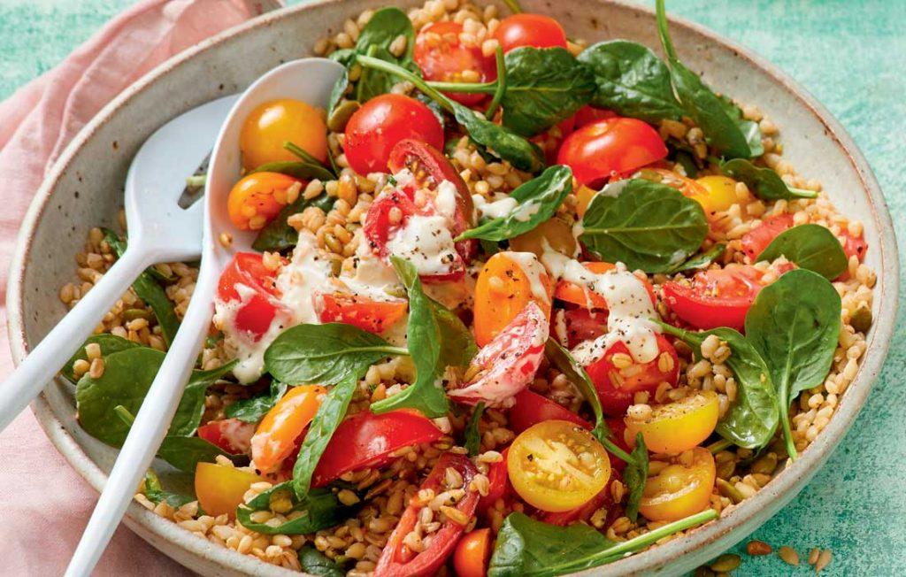 Tomato, chickpea and barley salad